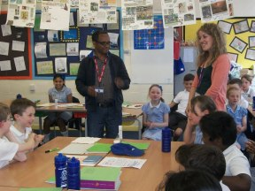 Tamiru, talking to year 4